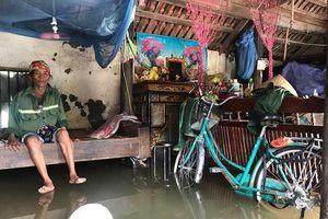 Vỡ kênh mương, hàng trăm hộ dân Nghệ An bị ngập sâu