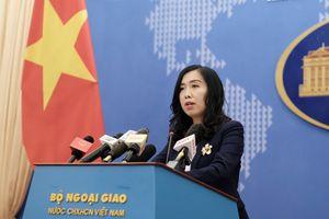 Việt Nam lên tiếng việc Trung Quốc tập trận và thử tên lửa gần Trường Sa