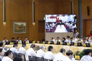 Hội nghị trực tuyến: Tăng trưởng kinh tế nhưng vẫn bảo đảm ổn định vĩ mô