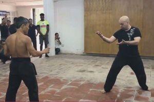 Từ Hiểu Đông có đấu lại chuẩn võ sư Flores?