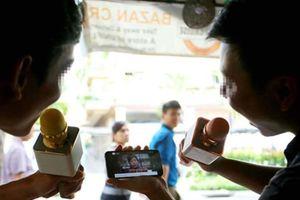 TP.HCM sẽ mạnh tay với 'phong trào' karaoke ồn ào ngoài đường