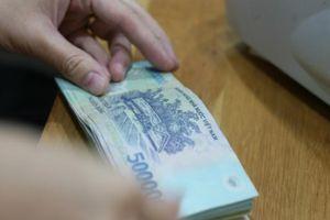 Từ ngày mai (5/7), dưới 15 tuổi vẫn được gửi tiền tiết kiệm tại ngân hàng