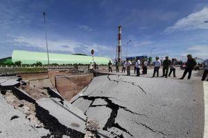Hiện trường vụ sụt cầu Yên Hòa khiến 5 người thương vong