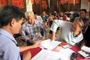 70 người Lào được nhập quốc tịch Việt Nam