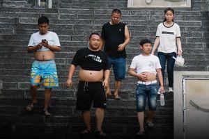 Trung Quốc ra luật phạt hành vi 'phơi bày bừa bãi cơ thể'