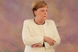 Bà Merkel 'run rẩy' khiến châu Âu lo lắng về khoảng trống để lại