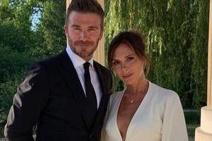 Vợ chồng David Beckham lãng mạn trong dịp kỷ niệm 20 năm ngày cưới