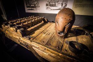 Dụng cụ tra tấn, máy cắt cỏ và những bảo tàng kỳ lạ nhất thế giới