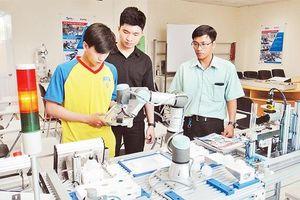 Phát triển ngành công nghiệp vi mạch bán dẫn