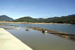 Dừng việc san lấp dự án lấn sông Cu Đê