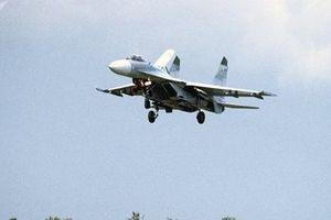Nga điều chiến đấu cơ Su-27 đánh chặn máy bay trinh sát Mỹ