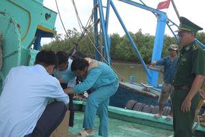 Tiền Giang: Triển khai lắp đặt thiết bị giám sát hành trình trên tàu cá