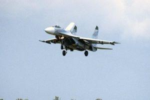 Tiêm kích Nga chặn máy bay Mỹ trên Biển Đen