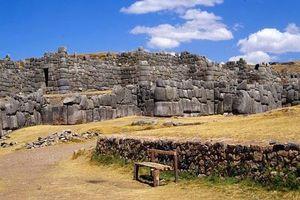 Giật mình những kiến trúc cổ có dấu vết người ngoài hành tinh