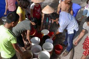 Nước sông Đà xuống thấp, cư dân phía Tây Nam Hà Nội nguy cơ mất nước sạch