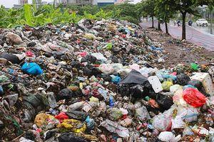 Hà Nội ùn ứ rác vì người dân chưa đồng thuận mức đền bù