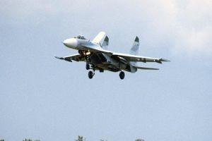 Máy bay chiến đấu của Nga chặn máy bay Mỹ trên Biển Đen