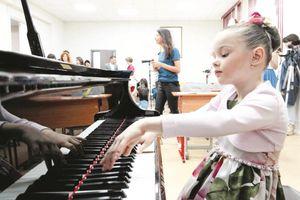 Môn Âm nhạc đang biến mất trong các trường phổ thông ở Anh và Nga