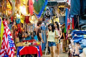 Du lịch Bangkok, nhớ ghé qua chợ cuối tuần Chatuchak để mua những món hàng rẻ