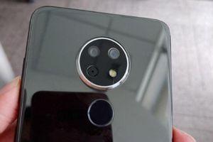 Bất ngờ lộ diện smartphone Nokia với 3 camera, màn hình giọt nước