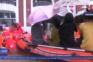 Mưa bão ở Thái Lan và Trung Quốc