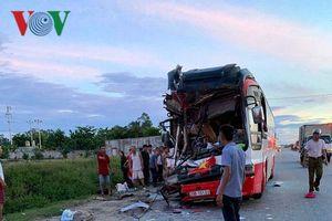 Vụ xe chở khách đi du lịch gặp nạn ở Nghệ An: Chủ xe đã tử vong