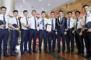 Tỉ lệ phi công người Việt tăng gấp đôi sau 10 năm
