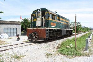 Nghệ An: Băng qua đường sắt, người đàn ông bị đầu máy tàu hỏa đâm tử vong