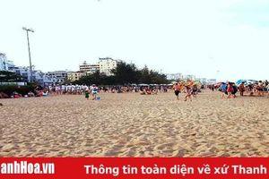 Sầm Sơn: Không còn tình trạng bán hải sản trên bãi biển