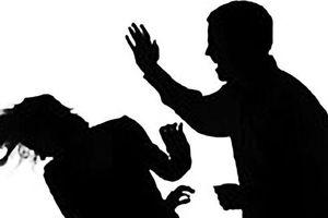 Bị bạo hành gia đình: Cần ứng xử như thế nào?