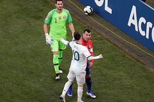 Lời cáo buộc của Messi