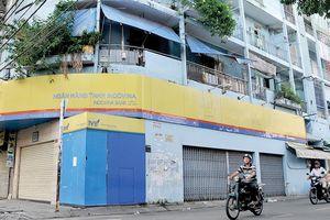 Nhiều vướng mắc trong việc di dời, tháo dỡ chung cư cũ