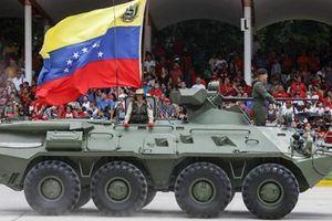 Vũ khí Nga tràn ngập lễ duyệt binh, Moscow cam kết bảo vệ Venezuela