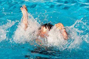 Đã tìm thấy thi thể bé gái 7 tuổi bị nước cuốn trôi khi đi tắm sông cùng bạn