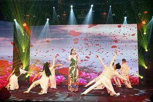 Nguyễn Thị Hồng Nhung xuất sắc dành giải 3 cuộc thi 'Ngôi sao tiếng hát Đại dương' mùa đầu tiên