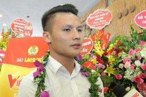 Danh thủ Quang Hải được tôn vinh trong chương trình 'Vinh quang Việt Nam' năm 2019