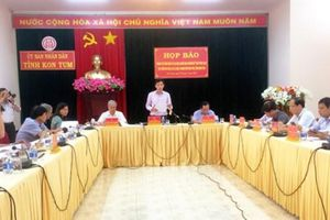 Họp báo vụ 'người dân lấn chiếm gần 210 ha đất' tại Kon Tum