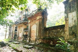 Tận thấy khu mộ cổ bị lãng quên của người giàu nhất Thủ Dầu Một xưa