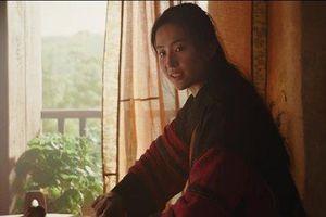 Vẻ khác lạ của Lưu Diệc Phi trong trailer 'Mulan' gây bão mạng xã hội