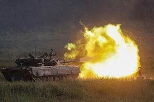 Rùng mình xem dàn vũ khí Nga khai hỏa tại Army-2019
