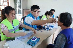 Khám và cấp thuốc miễn phí cho gần 1.000 hộ dân tại Thanh Hóa
