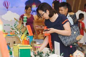 Phụ huynh Hà Nội choáng ngợp bởi lâu đài, biệt thự do con tự 'xây' bằng phế liệu