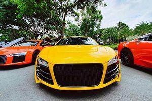 Dân chơi siêu xe Audi R8 tại Sài Gòn tụ hội 'show hàng'