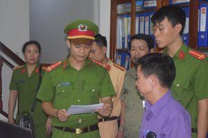 Bắt giam 'trùm' cát sạn xứ Huế