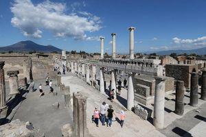 Mười quả bom thời Thế chiến 2 còn vùi bên dưới tàn tích Pompeii