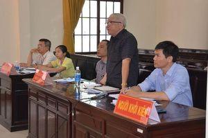 Vụ án người bị thu hồi đất kiện Chủ tịch tỉnh Bà Rịa - Vũng Tàu: Nhiều vấn đề quan trọng chưa được phiên sơ thẩm làm rõ