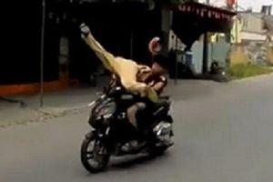 Đi xe máy tốc độ cao, tông trọng thương CSGT