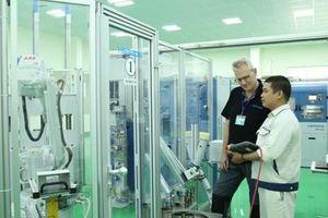 'Đột nhập' phòng phân tích thử nghiệm chất lượng hơn trăm tỷ của thép Hòa Phát