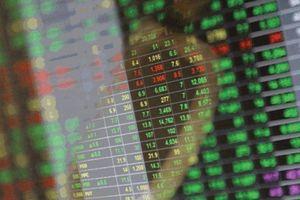 Chậm báo cáo giao dịch cổ phiếu, 3 cá nhân bị xử phạt