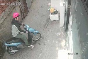 Trích xuất camera vụ nữ sinh 19 tuổi bị sát hại: Chỉ có bạn trai nạn nhân ra vào phòng trọ